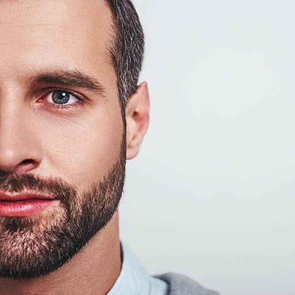 Oczyszczanie manualne twarzy dla mężczyzn